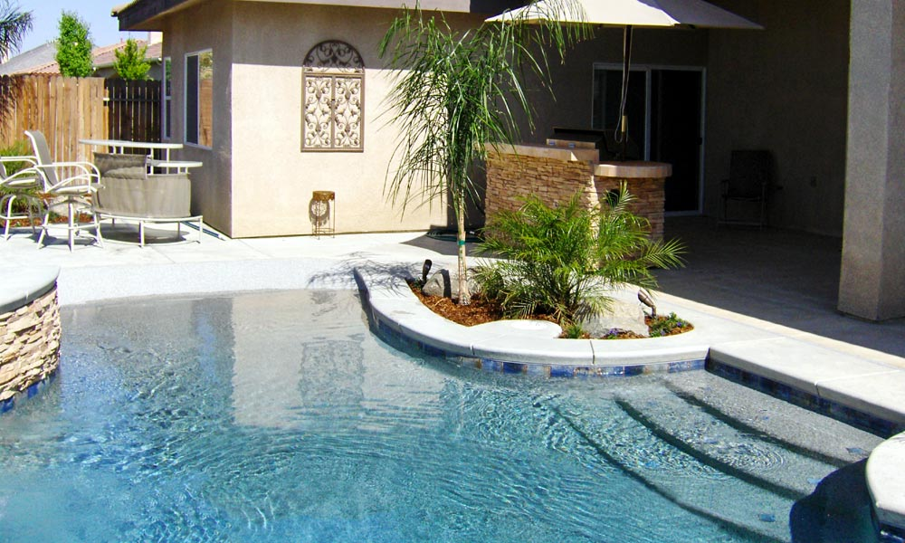 Greecian Pools, Bakersfield, CA - Walk-In Beach Entry Pools